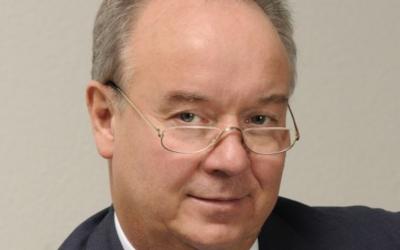 Dr. Wolfgang Exner